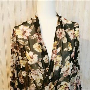 🎁4/$30🎁 Leith floral blouse